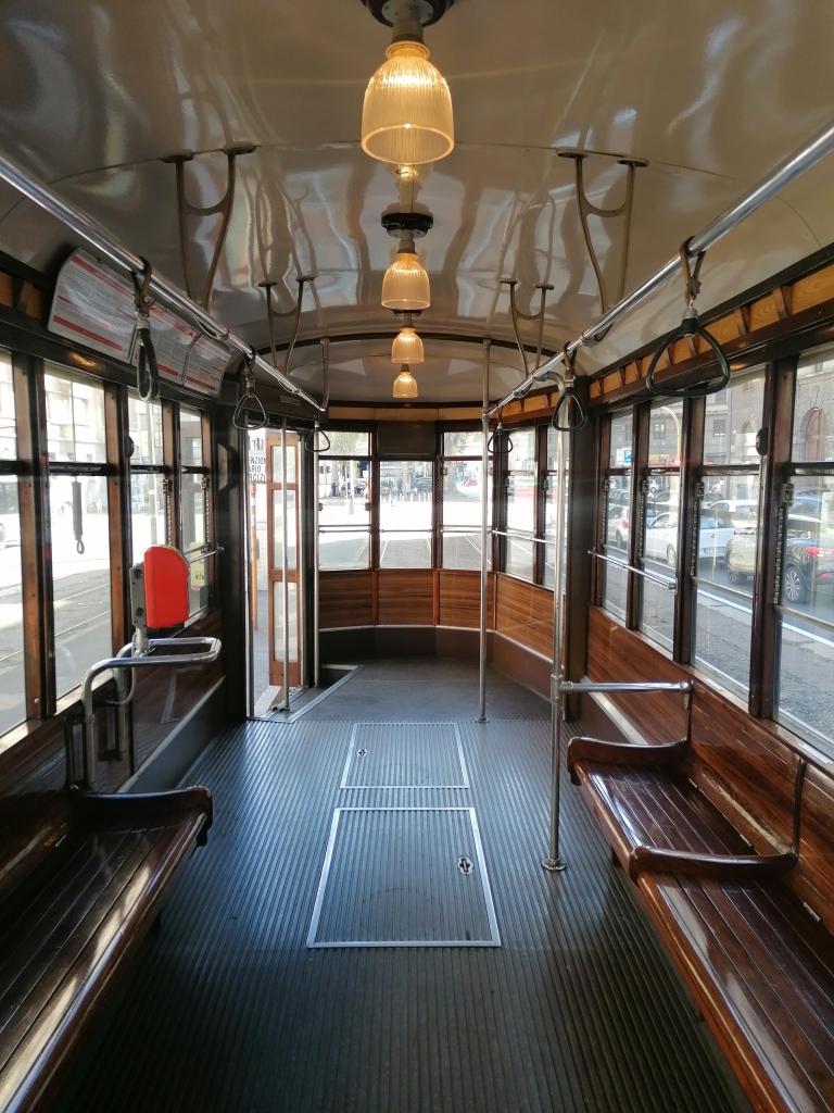 tramway milan italie